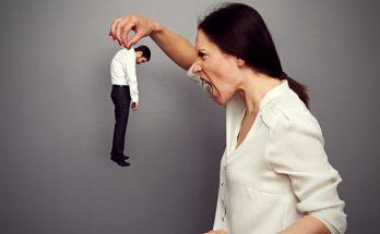 bullying-wife